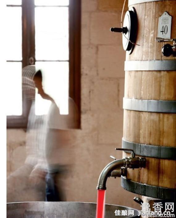 橡木桶酿葡萄酒让酒更醇美(4)