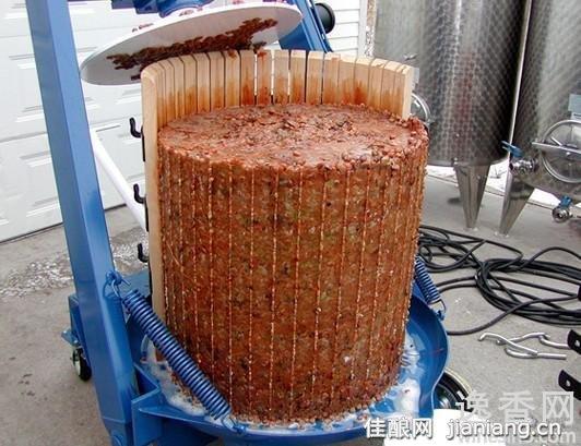 橡木桶酿葡萄酒让酒更醇美(3)