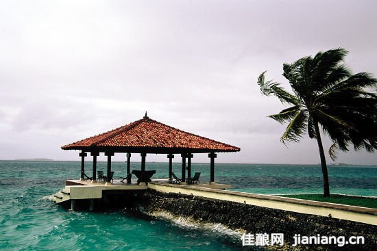描写海岛风景的词语