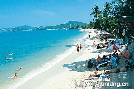 苏梅岛:泰国境内最顶级的海滨度假胜地之一(2)