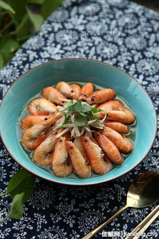 杏鲍菇煮大虾图片