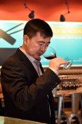 裁判长李德美:我的一生将不会离开葡萄酒