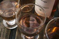 你知道普罗旺斯的酒与什么配餐吗?