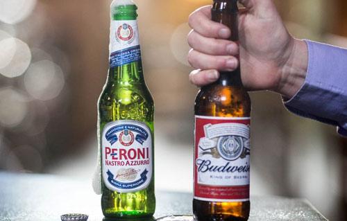 中国商务部有条件批准 百威英博喝南非米勒就差入喉