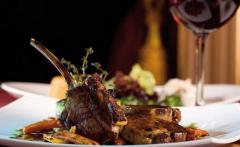羊肉配红酒 意想不到的美食搭配