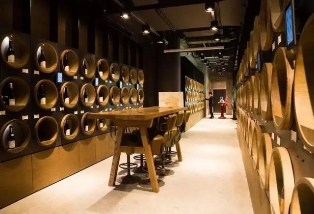 进口葡萄酒企业要给客户提供哪些服务