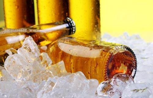 国产啤酒高端化之路:内提品质 外修形象
