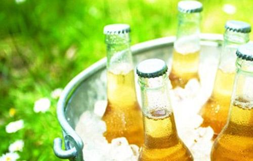 上半年啤酒巨头销量无一增长