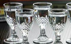 2017年白酒行业三重门:量价、中高端、渠