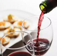怎样倒葡萄酒才能滴酒不漏?
