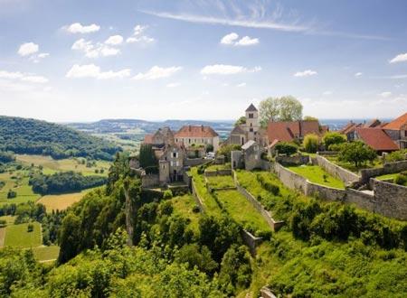 行走在法国葡萄酒香之路 品味美景与美酒