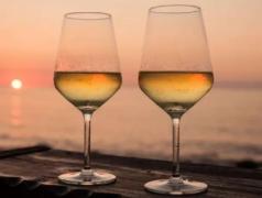 海鲜大排档如何与白葡萄酒搭配?