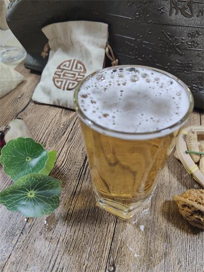 重庆啤酒中报点评:结构升级推进 所得税波动阶段性拖累业绩