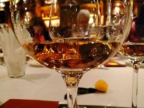 美国对欧盟葡萄酒加征25%关税 欧盟反击或引发雪球效应