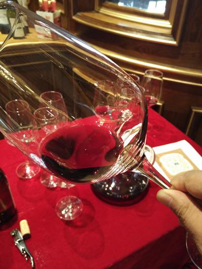每天最适合喝葡萄酒的6种人 有你在吗?